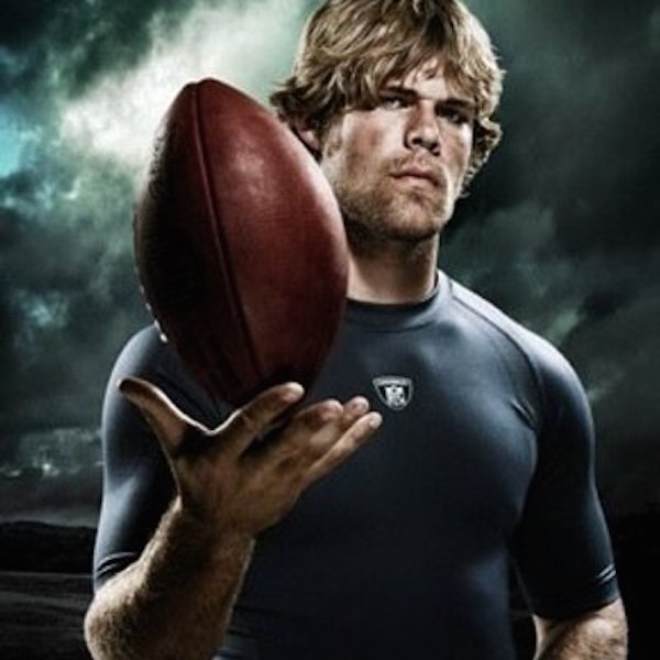 Greg-Olsen-Tight-End-Panthers